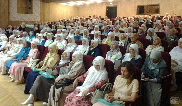 Tataristan'da başörtüsü yasağını kaldırma çağrısı