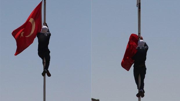 Türk bayrağını indiren zanlı konuştu!