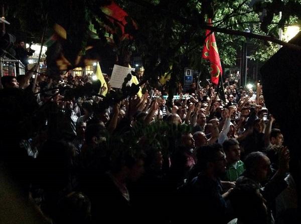 """""""Şii Sünni Kardeştir, Tekfirciler Kalleştir"""""""