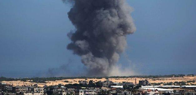Gazzeli Aile Bombadan Çok Şükür Kurtuldu