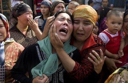 D. Türkistan'da başörtüye saldırı katliamı