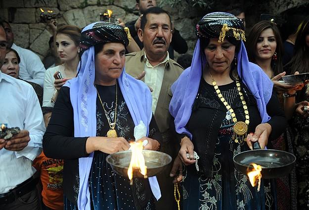 Yezidiler, 'sır' dinleri ve gelenekleri