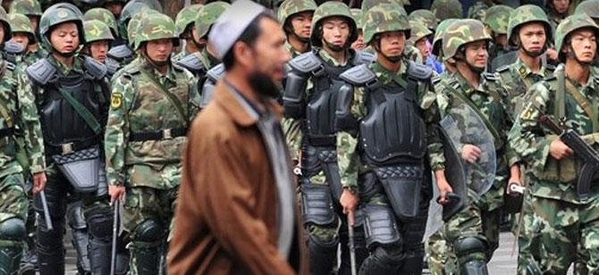 Uygur Türklerine Tayland işkencesi