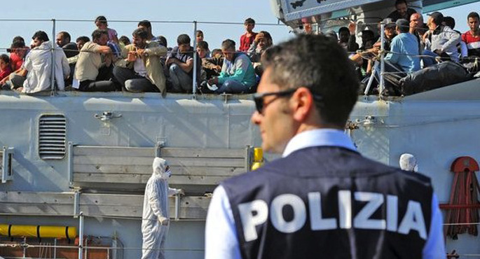 Alman bakandan İtalya'ya göçmen suçlaması