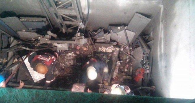 Asansördeki ihmali anlatan işçiler kovuldu