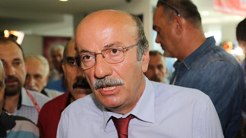 """""""CHP'de başörtülü vekil olmalı"""""""