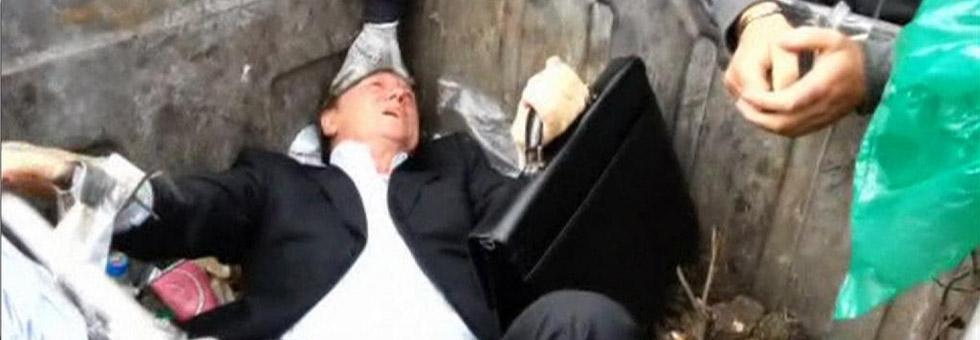 Milletvekilini çöpe attılar!