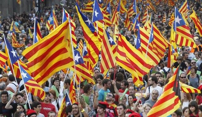 Katalanlar Bağımsızlık Referandumuna Gidiyor