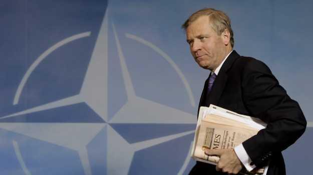 Eski NATO Genel Sekreteri: Operasyonlar sorunu çözmez