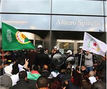 Kürtler Avrupa Parlamentosu'nu işgal etti