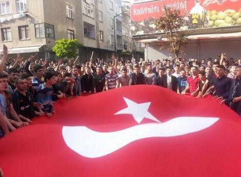 İstanbul'da Kobani Protestosuna Polis Müdahalesi-FOTO