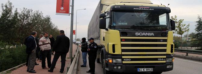 Bursa'da 'patlayıcı yüklü TIR' alarmı