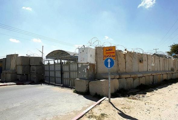 Gazze'ye 18 TIR inşaat malzemesi girdi