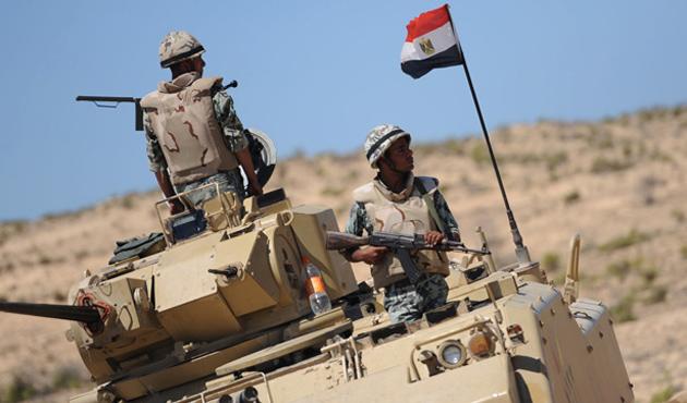 Mısır Ordusu'ndan Sina'da operasyon: 19 ölü
