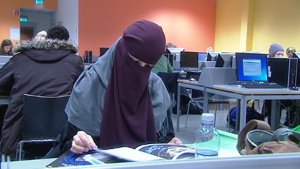 Norveç Üniversiteleri'nde Burka Yasağı