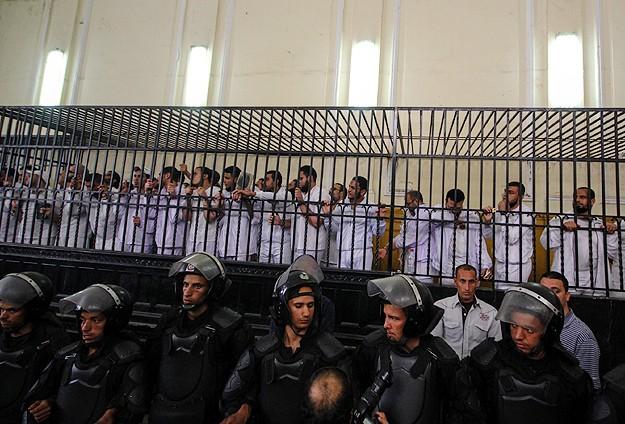 Mısır'da 76 hapishanede açlık grevi başladı
