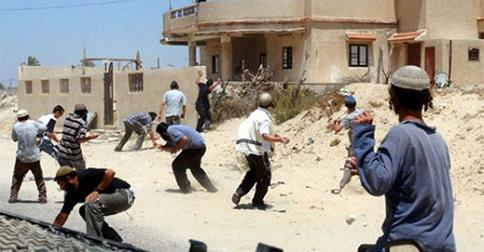 İsrailli sivil işgalciler Filistinlilere saldırdı