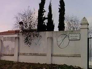 İspanya'da Müslüman Mezarlığı Kapatıldı