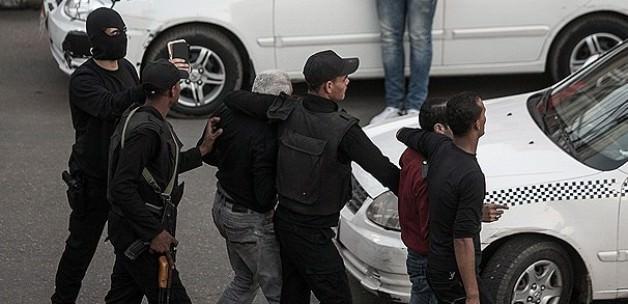 Diktatöre beraat öfkesine polis kurşunu