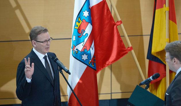 Almanya'da ilk kez Sol Partili bir siyasetçi, başbakan oldu