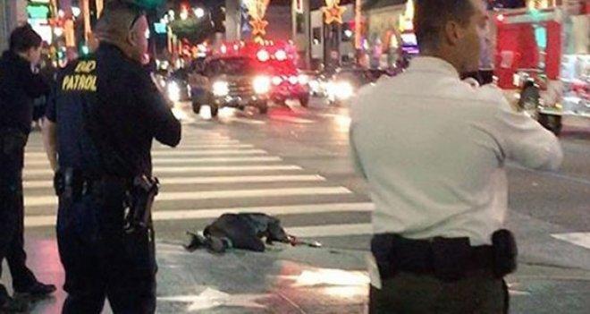 Amerikan polisi sokak ortasında bir kişiyi daha vurdu!