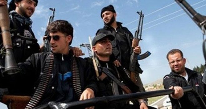 DEBKA: Suriye'nin güneyindeki muhalifleri İsrail destekliyor