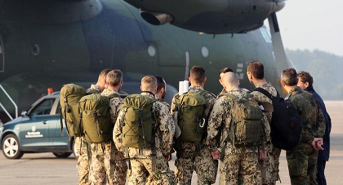 Almanya'dan Kuzey Irak'a asker takviyesi