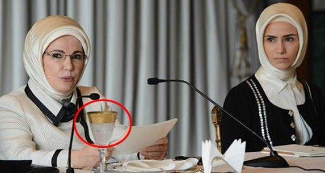 Ak Saray'ın altın varaklı bir bardağı, asgari ücretten fazla