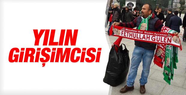 Adliye önünde Fethullah Gülen atkıları satılıyor