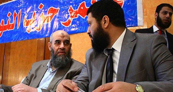Mısırda Selefiler Laiklerle İşbirliği Yapıyor