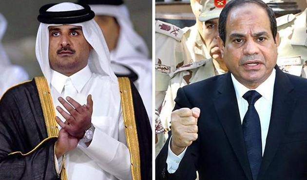 Katar Darbeci Sisi'nin Bayramını Kutladı