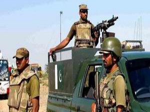 Pakistan'da Askeri Mahkemeler Kurulacak