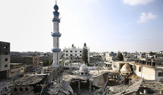İsrail, Gazze'de tarım alanlarını yaktı