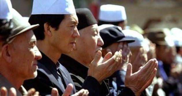 Doğu Türkistan'da Namaz ve Tesettür Yasağı