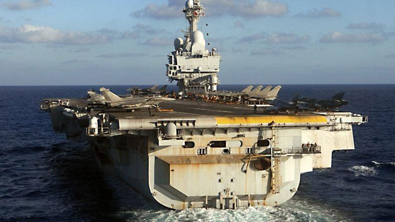 Fransa IŞİD'le mücadele için uçak gemisi gönderiyor