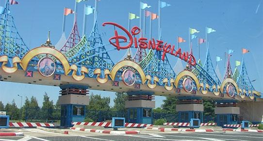Paris Disneyland'de panik!