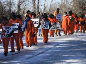 CIA'in İşkenceleri Protesto Edildi