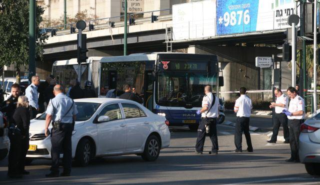 SONDAKİKA Tel Aviv'de 21 İsrailli Bıçaklandı