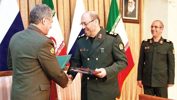 Rusya İran'a S-300 Füzeleri Verebilir