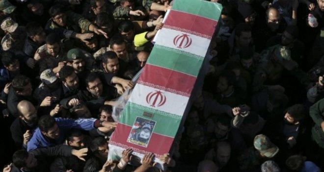 """""""Cesaretiniz Varsa İran'a Saldırın"""""""