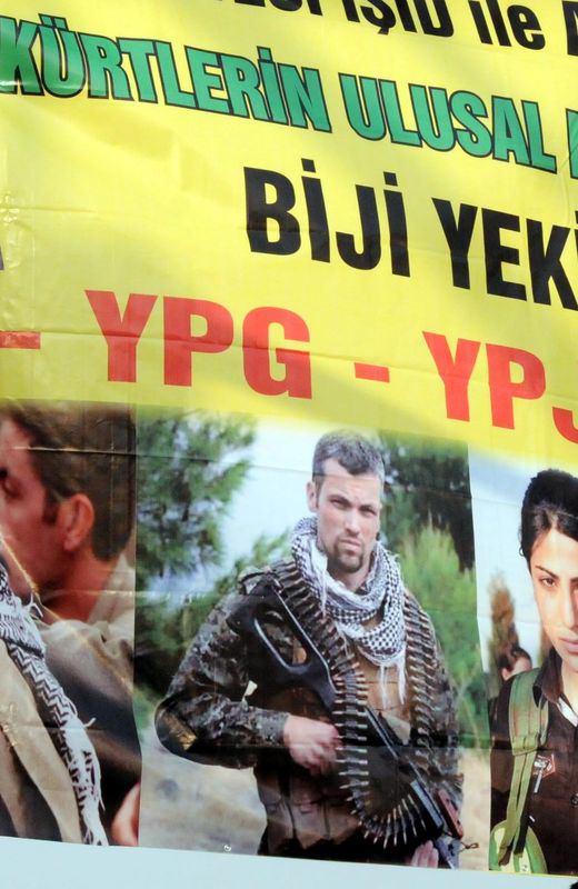 Diyarbakır'da dikkat çeken pankart