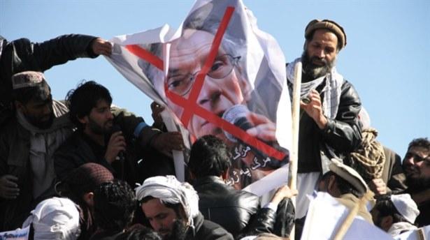 Protesto Gösterisinde Çatışma: 2 Ölü