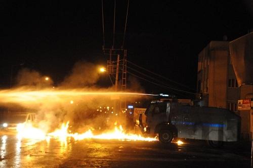 Cizre'de çatışma: 1 polis hayatını kaybetti, 3 güvenlik görevlisi yaralı