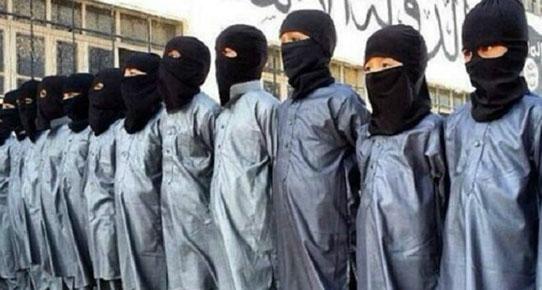 İŞİD zihinsel Engelli Çocukları İntihar Bombacısı Yapıyor