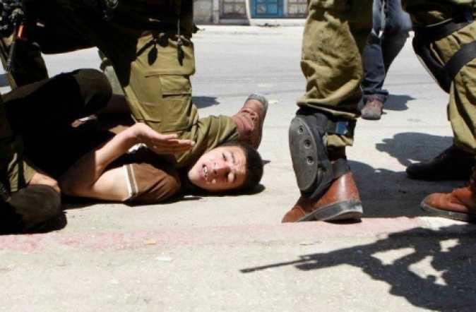 İsrail 9 Yaşındaki Çocuğu Tutukladı