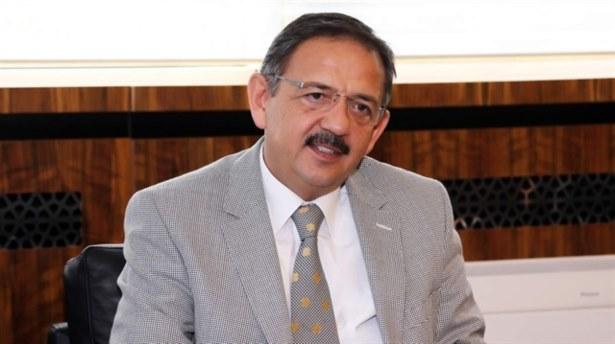 Mehmet Özhaseki istifa etti