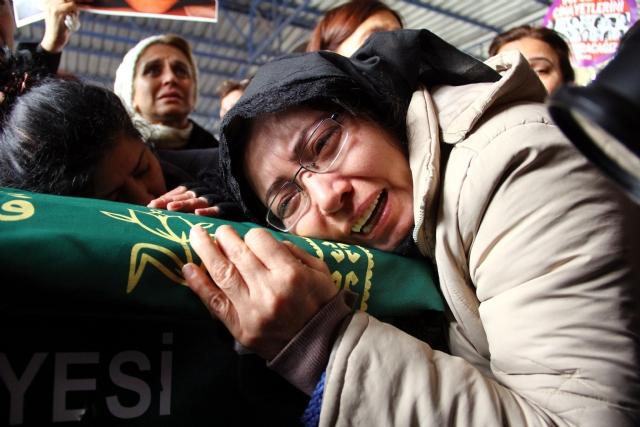 Özgecan'ın Annesinden Erdoğan'a Mesaj