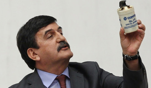CHP'li vekil: Polis tarihi geçmiş gaz bombası kullanıyor