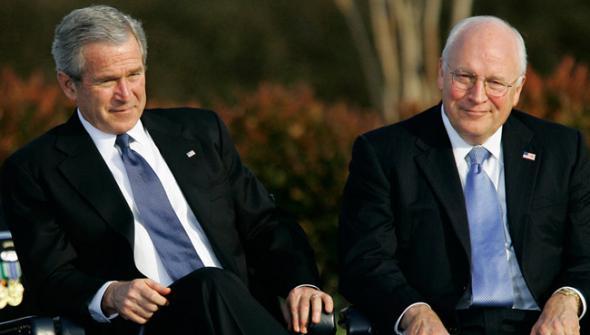 Bush ve Cheney'e Venezuela'ya Giriş Yasağı Koyuldu
