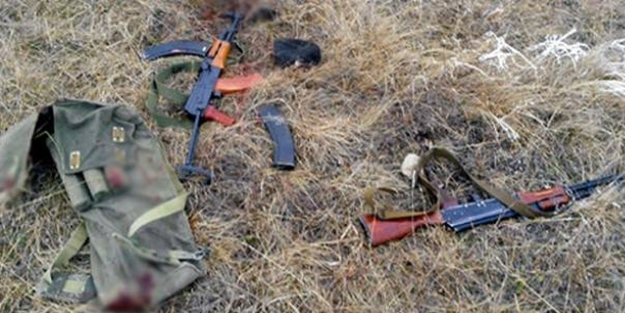 Ermeniler Silahlarını Bırakıp Kaçtı
